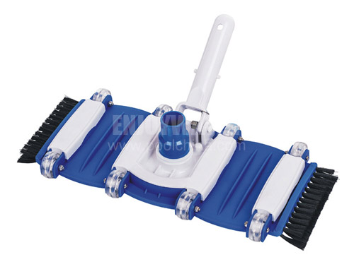 Flexible vacuum head with swivel and side brush